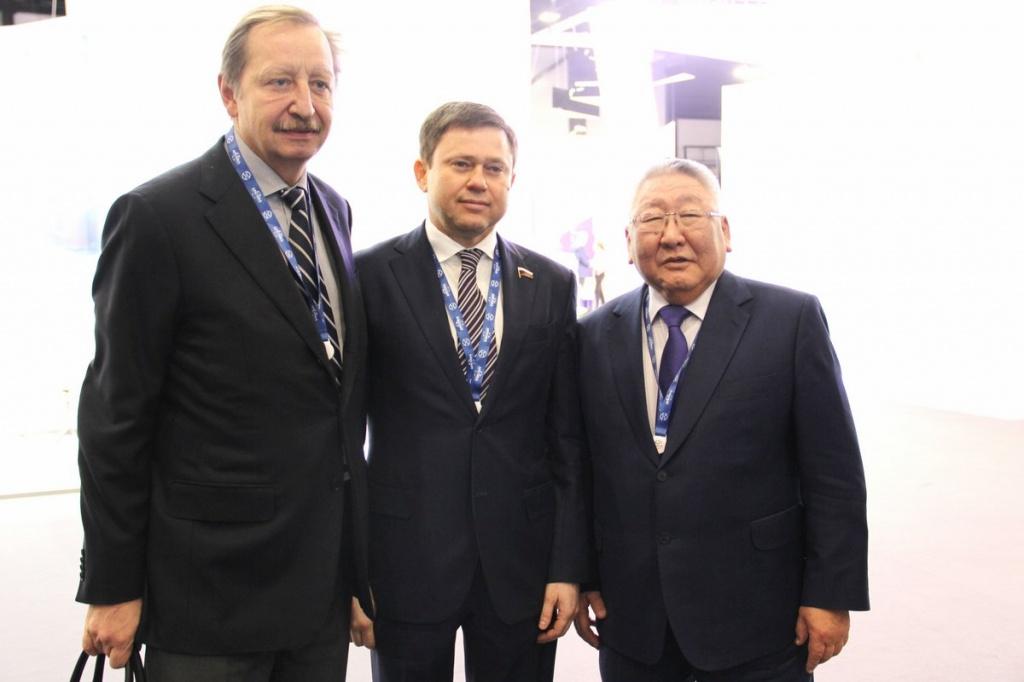 Сергей Кривоносов с главой Республики Саха Егором Борисовым и заместителем руководителя Ростуризма Алексеем Конюшковым
